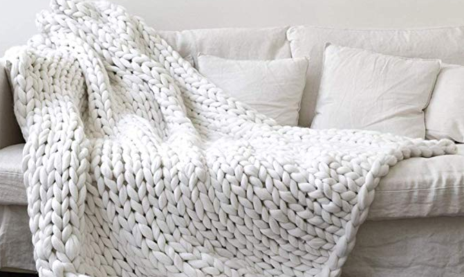 Chunky Knit Blanket Perfect for Cold Weather